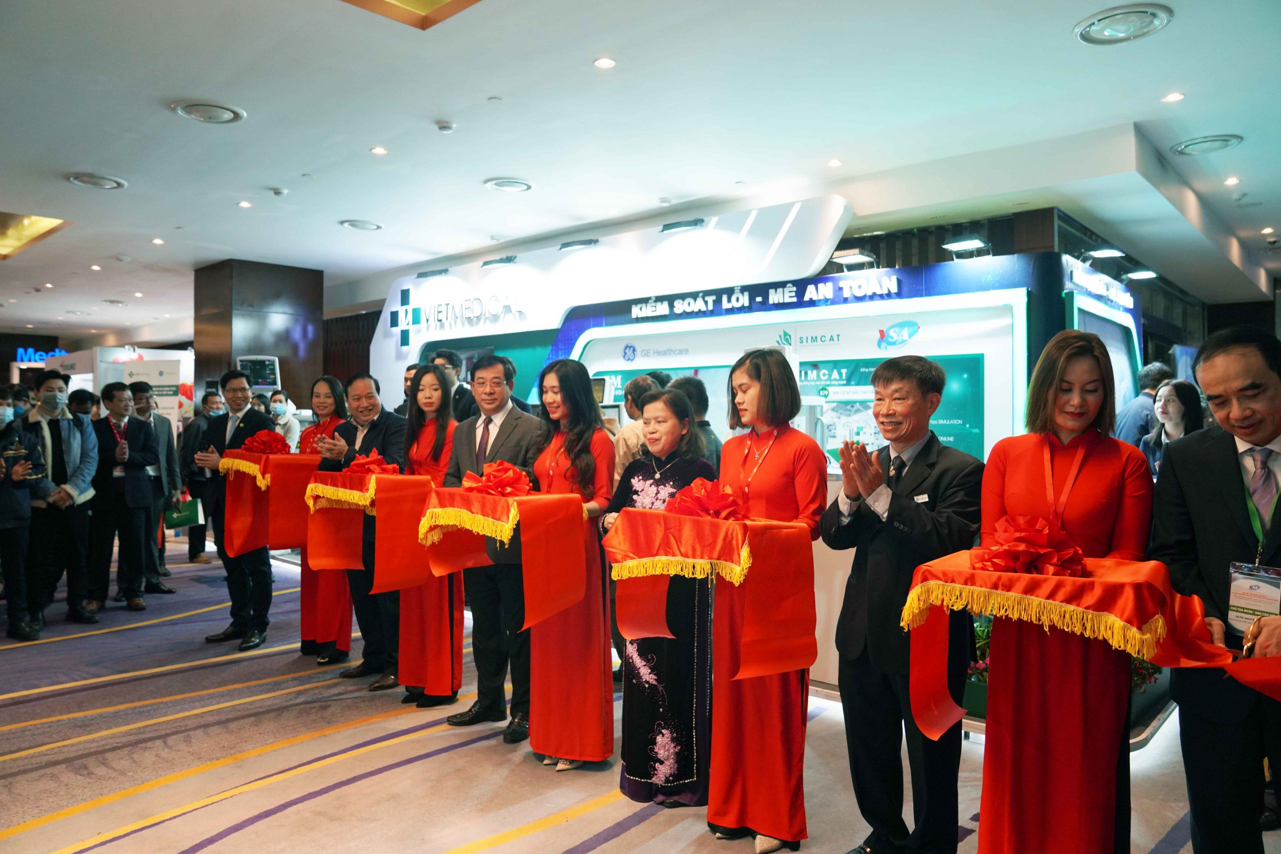 Vietmedical cooperated with Vietnam Anesthesia Society to launch electronic anesthesia monitoring software eGM